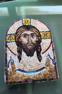 Sofiassa järjestetään muun muassa ikonikursseja.