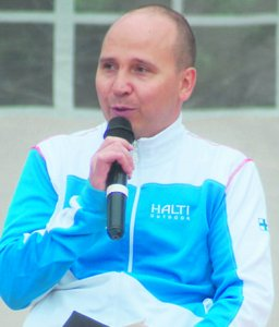 Toni Piispanen.