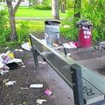 Siivotonta menoa Ullaksenpuistossa