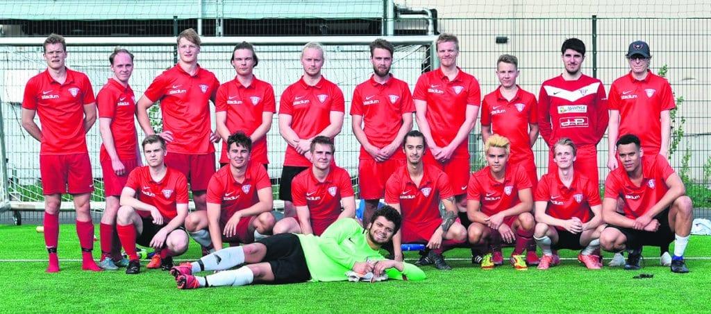 Täksi kaudeksi perustettu FC Viikingit / Mordor nousi ensi kaudeksi Vitoseen. Kuva: Timo Lampinen