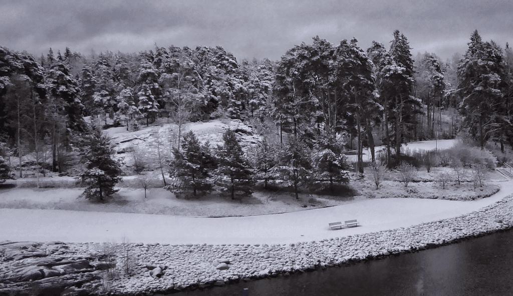 10.12. Uutelan kanavalla oli näin lumista. Kuva: Aage