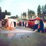 Kalja-auto kaatuneena 60-luvulla Purjetiellä
