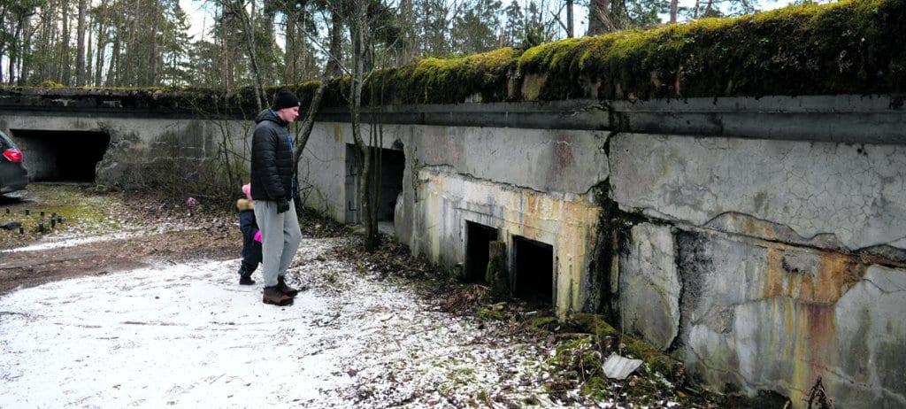 1. maailmansodan aikainen tykkipatteri Skatanniemessä. Kuva: Eero Honkanen