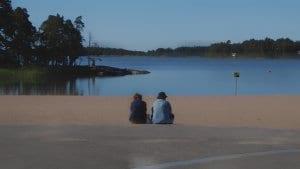 Rauhallinen aamu Aurinkolahden rannalla.