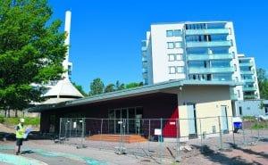 Lohikäärmepuisto Satamasaarentiellä on saanut uuden, komean rakennuksen. Puiston on tarkoitus olla valmiina tämän vuoden marraskuussa.