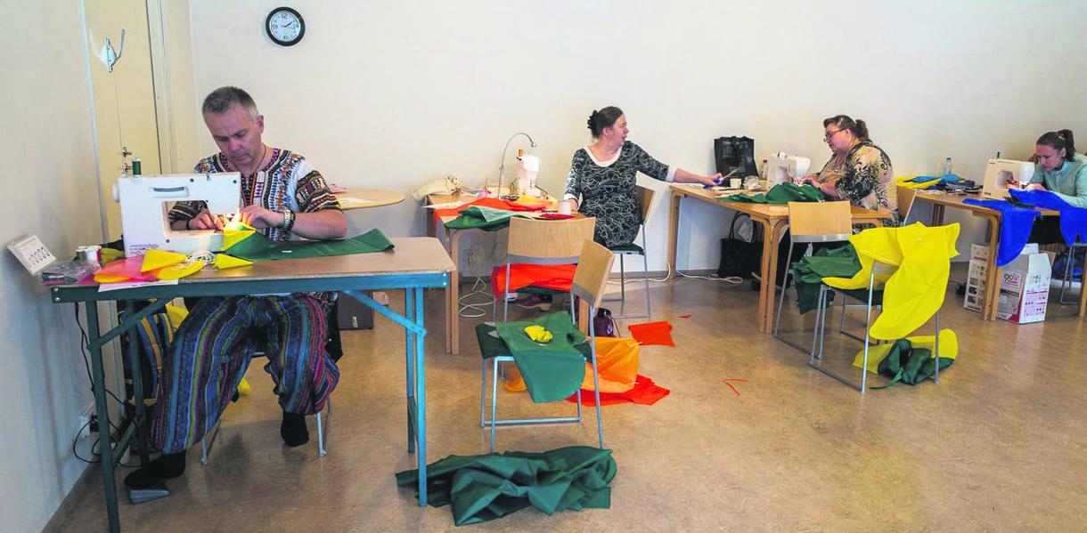 Leijaseura järjestää leijatyöpajoja Vuosaaren Gabro-talolla.