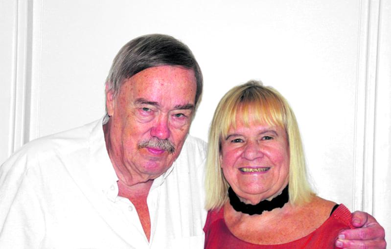 Kotkalaiset Risto ja Maritta Pellava joutuivat Vuosaaressa majoitushuijauksen kohteeksi.