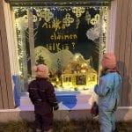 Joulua ikkunoiden takaa