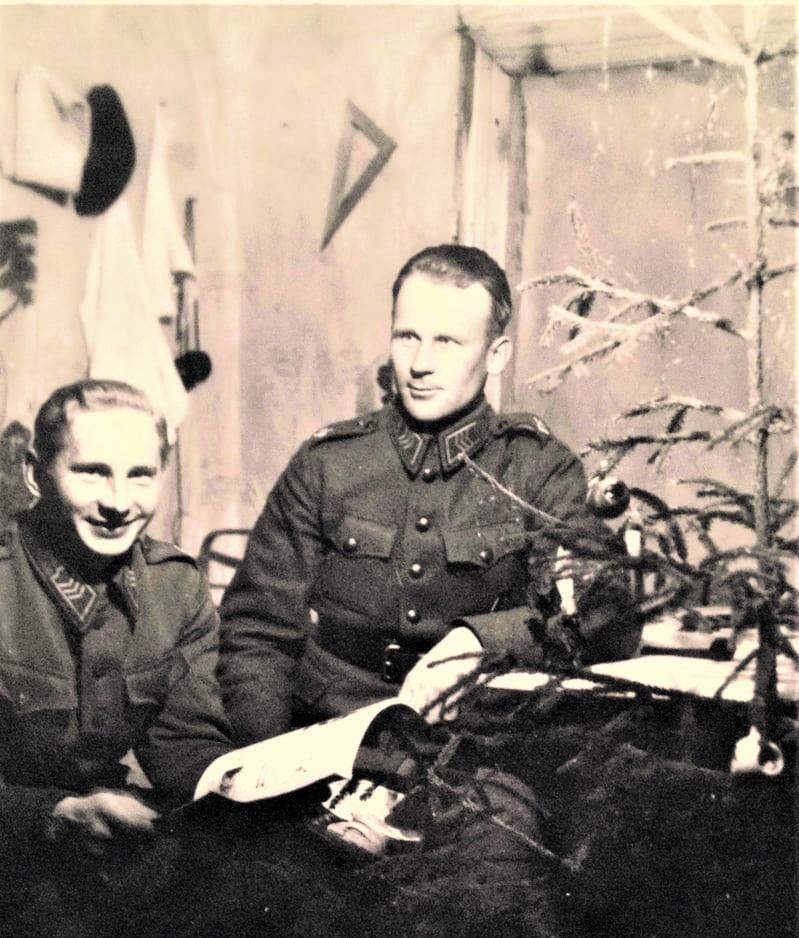 Joulunviettoa rintamalla Voznesenjessä vuonna 1941.