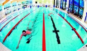 Vuosaaren uimahallissa verryteltiin ennen Kuukkareita. Vielä noin viikkoa ennen uimahallien sulkemista päästiin Vuosaaren uimahallissa kilpailemaan.