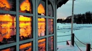 """Kahvila Kampelan läheltä auringonlaskun aikaan torstaina 18.2. Kuva: """"Maisku"""""""