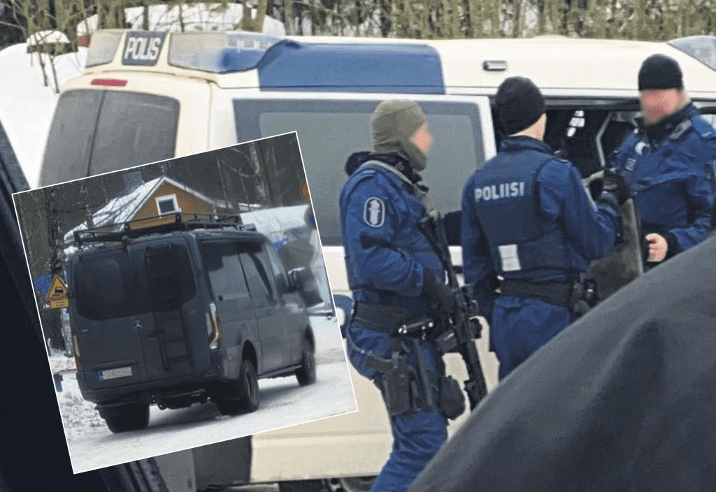 Poliisi tuli Uutelaan muun muassa raskaalla kalustolla, joka näkyi erikoisajoneuvoina ja -aseistuksena. Kuvat: Lukija