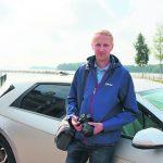 Vuosaaren rannat ovat tuttu työympäristö kuvistaan palkitulle autotoimittajalle