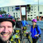 15 tunnin kaupunkipyörälenkki vaati kaveriporukalta suunnittelua ja sisua